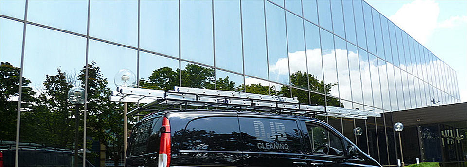 Established commercial window cleaner based in Broxbourne covering Herts, Essex & Cambridge